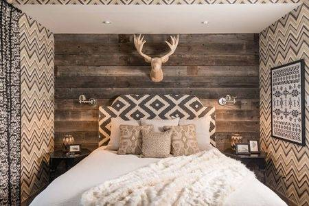 rustic bedroom decorating idea 23