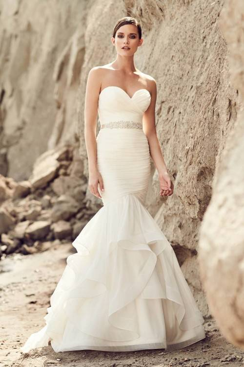 Elegant Off Shoulder Mermaid Wedding Dresses 2016 Ruffle Sleeveless Beads Arab Bridal Dress Sweep Train Real