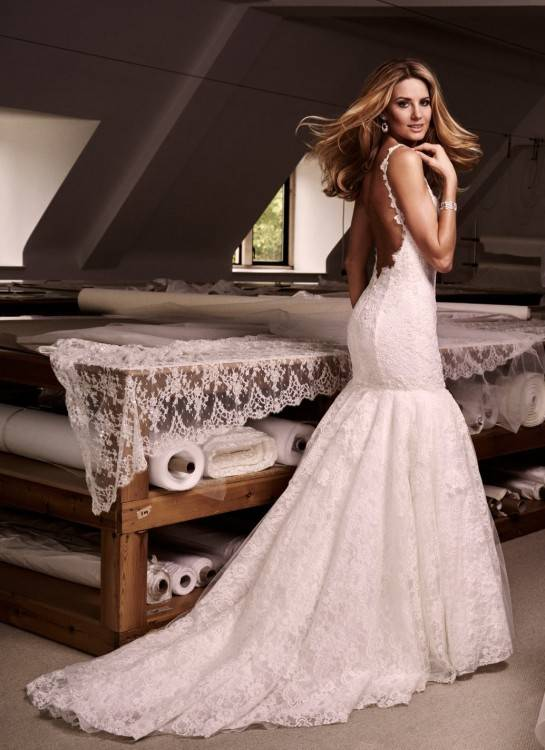 Mermaid: Mermaid style wedding dresses fit the body closely over the bust  waist and hip area, with the skirt flaring out close to the knee