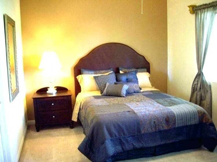 small bedroom ideas with queen bed grey small bedroom ideas with white queen bed and white