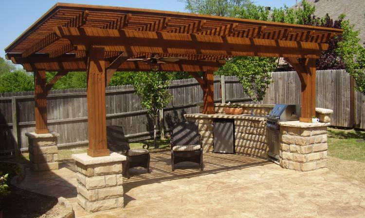 Here at Decks & Outdoor Living Spaces, we know our customers want that  extra outdoor living space to be stylish, beautiful and functional