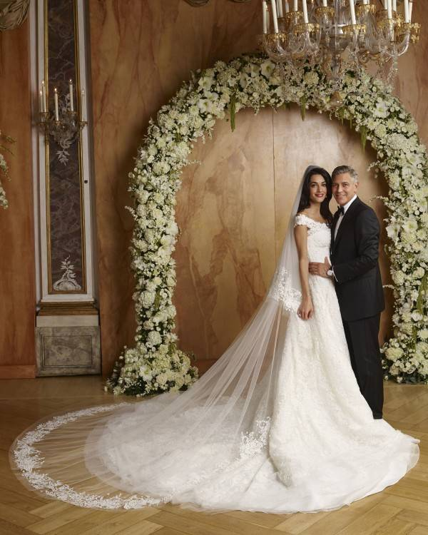 2000s Wedding Dress Styles With Brides Of America Online Store Fashions  Through The Decades 0