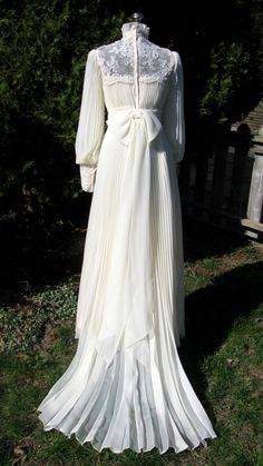 70's inspired wedding gown