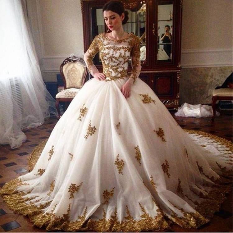 Discount Vintage Full Lace Wedding Dresses Long Sleeves African Bridal Gowns  V Neck Button Back Gold Champagne Wedding Gowns Wedding Dress Styles  Backless