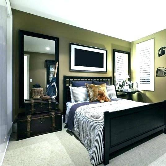 mirror above bed headboard with large designs white and black mirrored furniture bedroom ideas