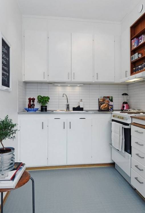 No matter how small the kitchen, creating a dinette area is crucial