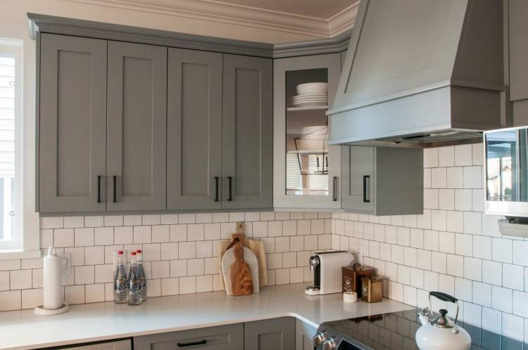 crystal kitchen cabinets