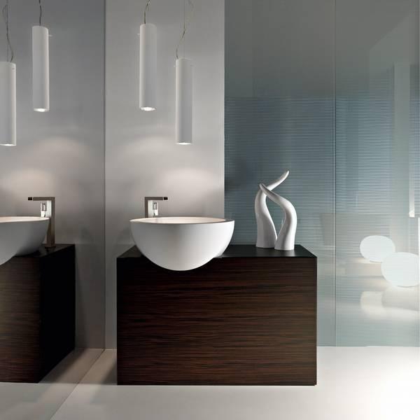 Pictures of minimalist bathrooms