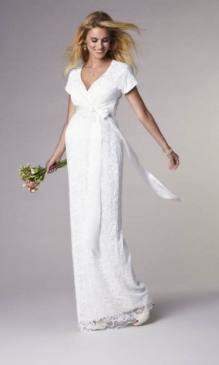 "Cool The beautiful Heidi Hudson s maternity gown Alanis ¢Å""¨ We love this"