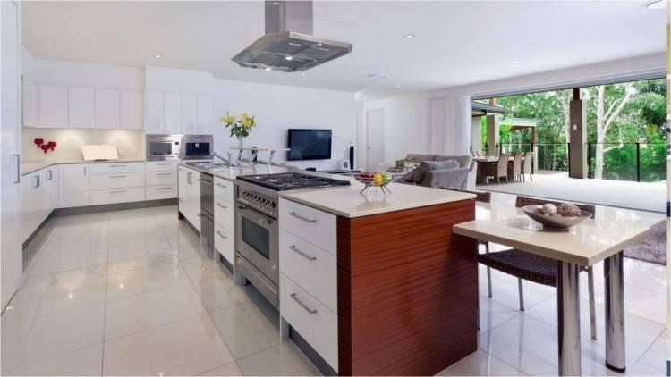 Modern kitchen cabinets in Miami,