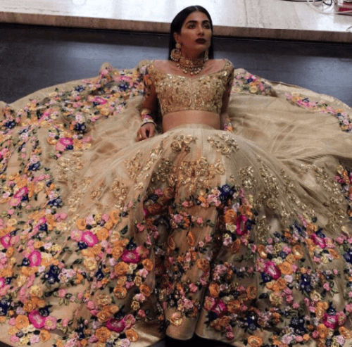 This is THE perfect  fusion bridal gown, or perfect for a modern indian bride having a  traditional Indian