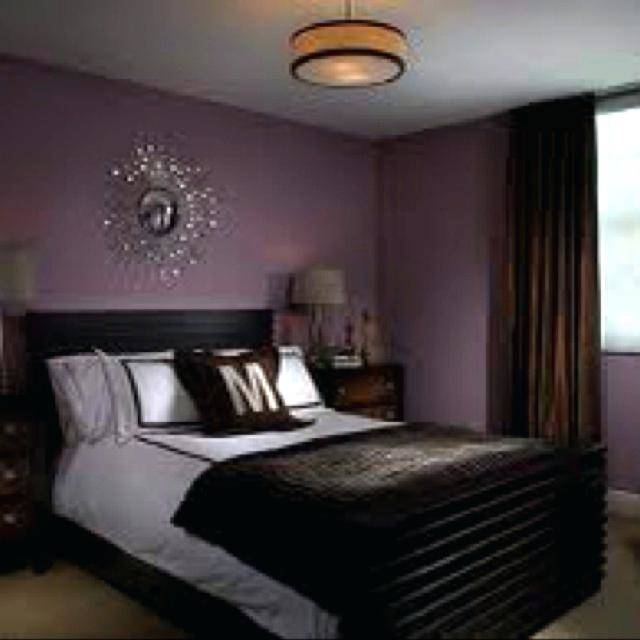 Mauve lous Guest Bedroom Ideas: A Simple Spare Room
