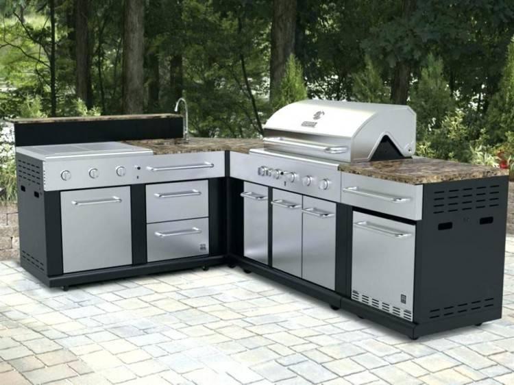 DIY kitchen cabinet reno