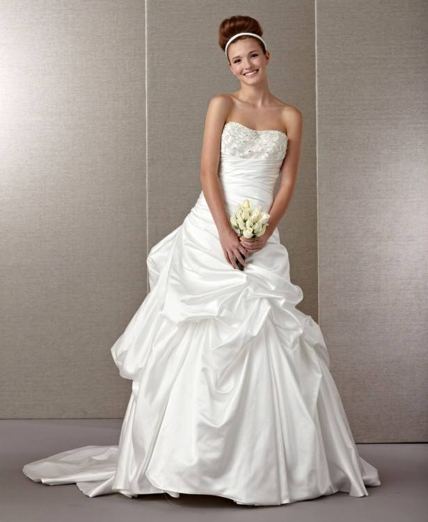 Vegas Style Wedding Dresses In Particular Country Style Wedding Dress Design