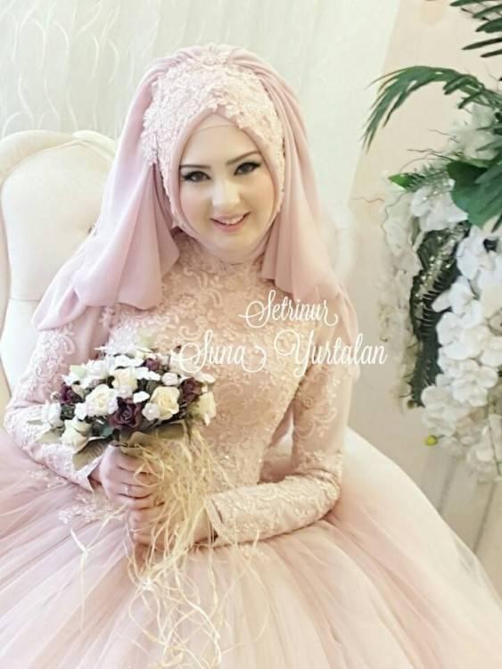 Makeup by @YazTheSpaz89, and hijab styling by @OmayaZein