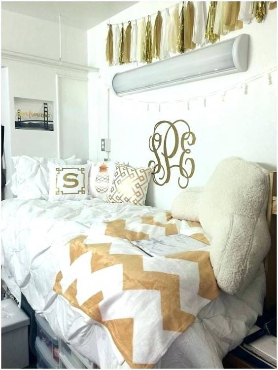 unforgettable white and gold bedroom decor gold and white bedroom ideas gold black white and gold