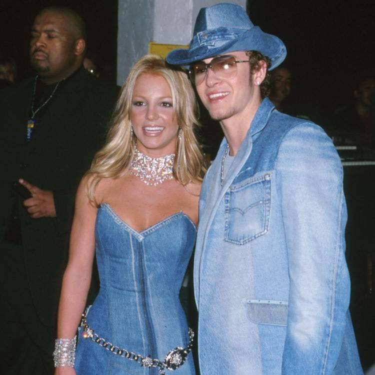 These terrible fashion trends of the 2000s need to stay in the past