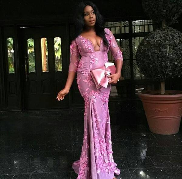 Saudi African Lavender Bridesmaid Dresses 2018 Sheer Jewel Neck With Beaded Cap Sleeves Satin Nigeria Wedding Guest Dress Evening Party Gown Floral