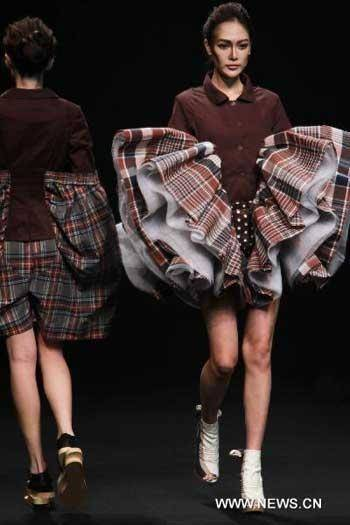Overseas brands are also here to test the waters of the Chinese fashion market