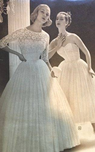 Discount Vintage Deep V Neck Tea Length 1950'S Lace Wedding Dress Short Sash Three Quarter Sleeve Sheer A Line Bridal Gowns Custom Made Applique Photos Of