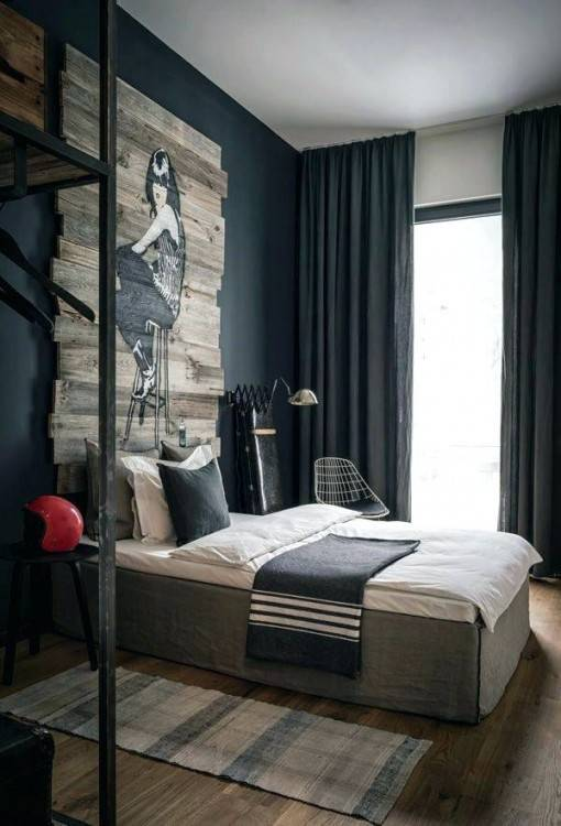 small bedroom with queen bed
