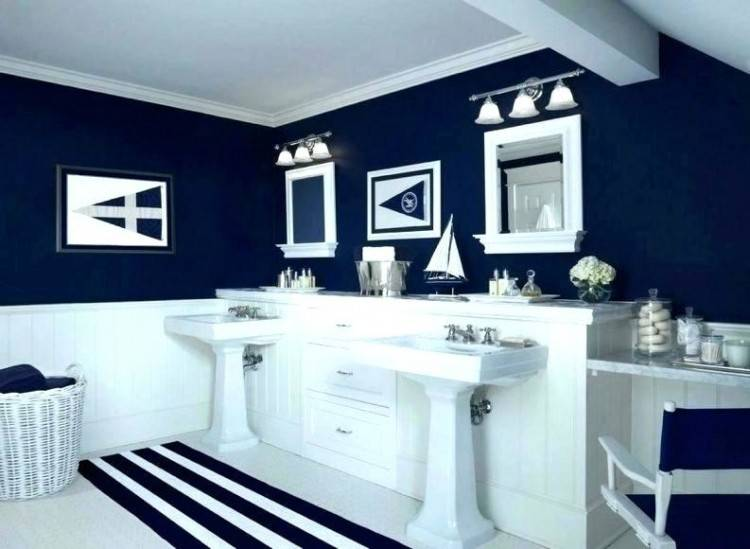Pretty and fresh navy and white coastal inspired bathroom