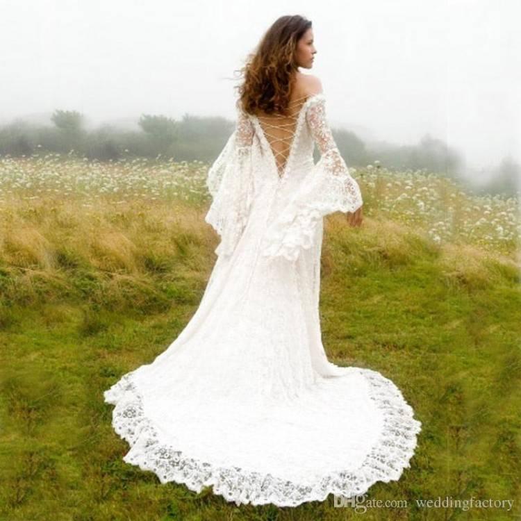 wedding dress styles flaunt body monique lhuillier shoulders