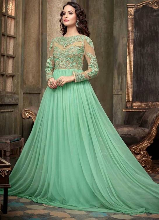 This dress is usually preferred in light cotton or the extremely popular South Asian wear known as Lawn