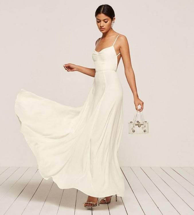 David's Bridal Short Sleeved Empire Waist Chiffon Wedding Dress Style SLV9743, White,