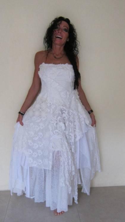 Discount Ivory Bohemian Wedding Dress Beautiful Lace Wedding Long Gown Boho Gown  Bridal Gypsy Wedding Dress Handmade Lace Bridal Gowns Simple Gowns Simple