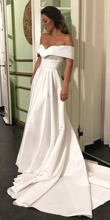 Discount 2018 Sexy Boho Country Style Wedding Dresses Off The Shoulder White Lace Chiffon Bohemian Plus Size Bridal Gowns Wedding Clothes Wedding Dress Sale