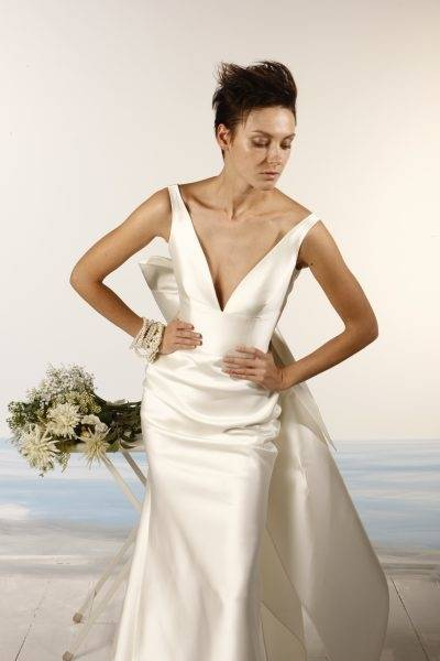 ETERNITY BRIDAL D5141 Satin Wedding Dress Beaded Neckline UK12 £99