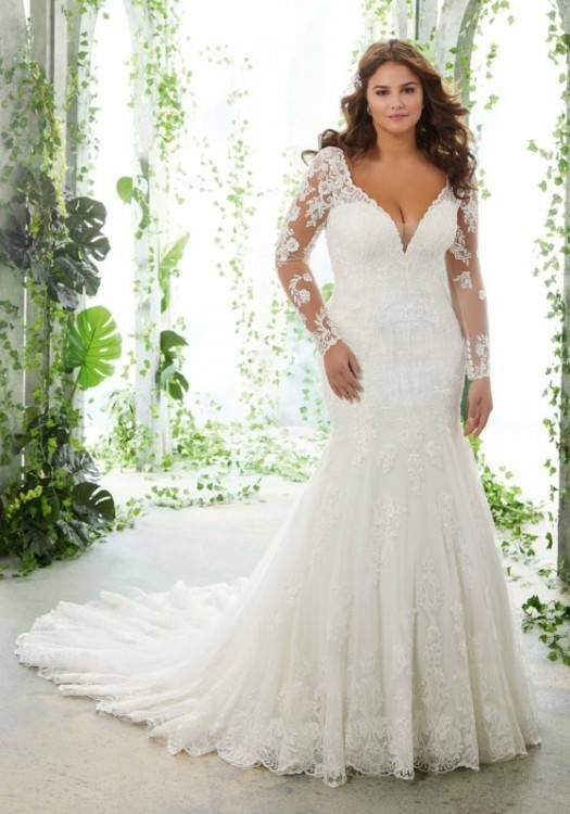 Discount New Summer 2018 Beach Boho Wedding Dresses Chiffon A Line Sexy V Neck High Side Slit Bride Gowns Bohemian Women Wedding Gowns Long Sleeve Wedding