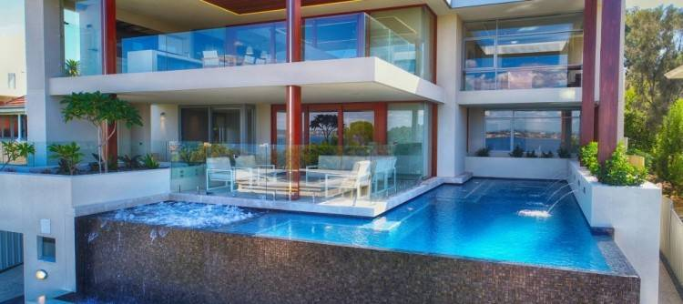 With Melbourne's property market predicted to climb by up to 12% in 20181, renovators are set to flock to the SPASA Victoria Pool & Spa + Outdoor Living