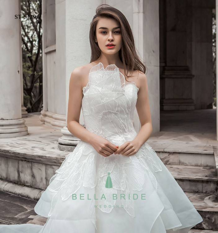Discount Simple Elegant Chiffon Bohemian Wedding Dresses 2019 Sheer Neck  Lace Appliques Cap Sleeves Thigh High Slits Beach Bridal Gowns Wedding  Dresses For