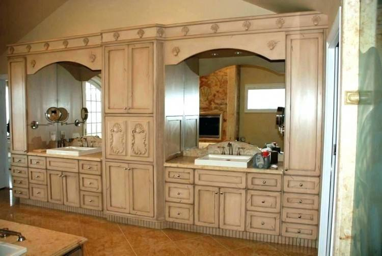 We are a premier manufacturer and distributor of wholesale kitchen cabinets servicing clients nationwide