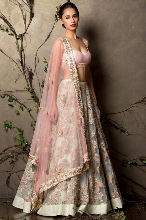 Indian brides dresses | Europe style trends in Asia for girls Today ,  models wearing Indian wedding wear outfits take the best location in the  heart of the