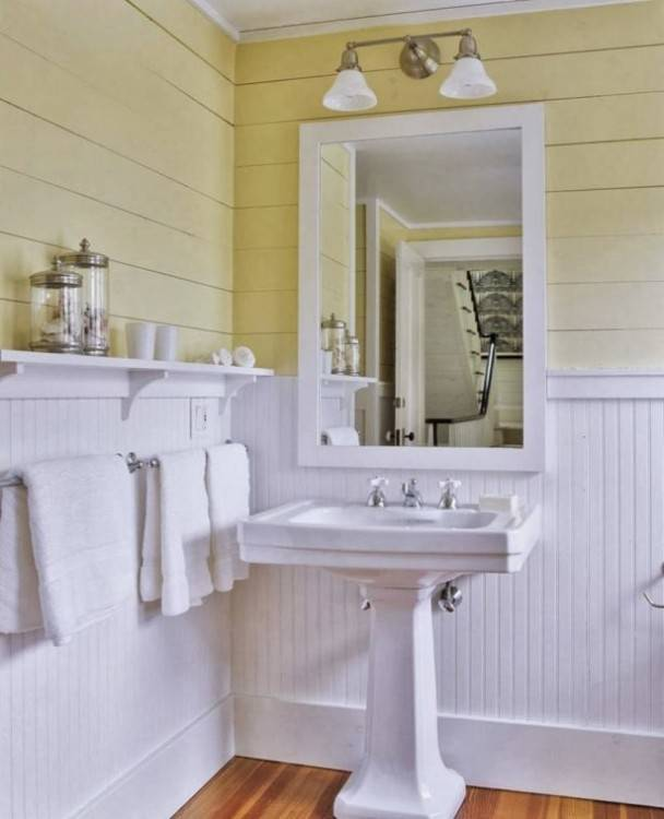 beadboard bathroom ideas