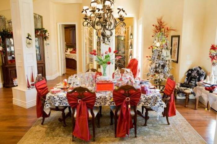 Christmas table decorating | country Christmas decorating ideas | Christmas
