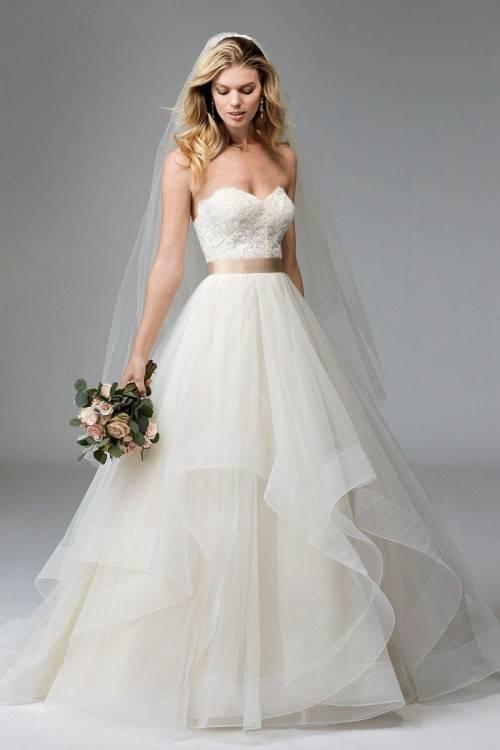 Discount Simple Ivory Short Wedding Dresses 2017 Elegant Scoop Neck 3/4  Long Sleeve Petite Wedding Gowns For Bride Short Dress Plus Size Wedding  Dress