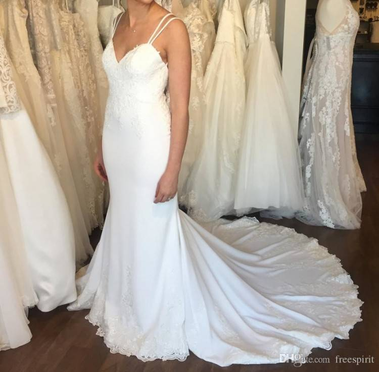 Spaghetti strap lace and tulle mermaid wedding dress