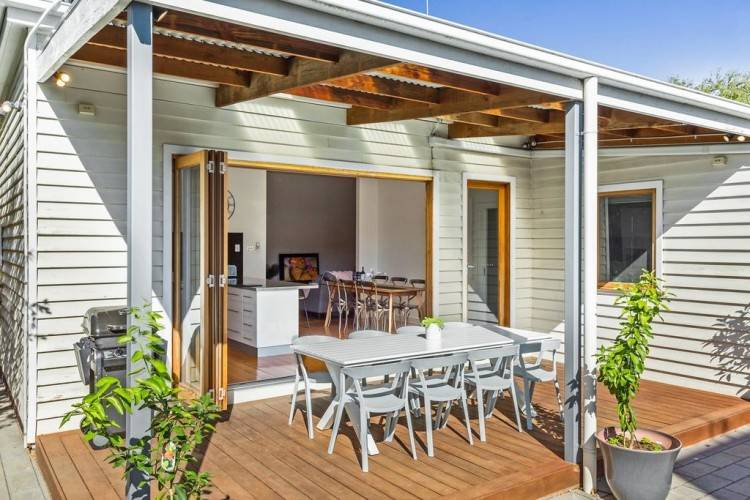 Make the most of outdoor living with a few tips and tricks