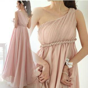 Wedding gown of Grecian Goddess style for pregnant brides
