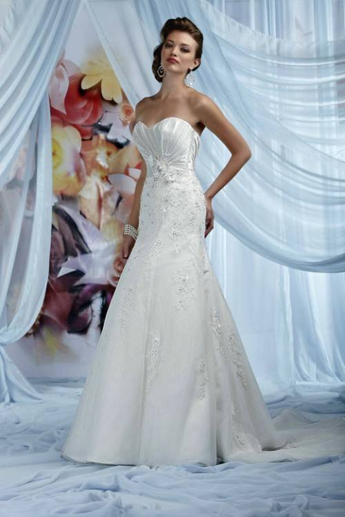 Now go and find that white gown that will make you smile forever and make your husband's eyes sparkle as he falls madly in love with you all over again