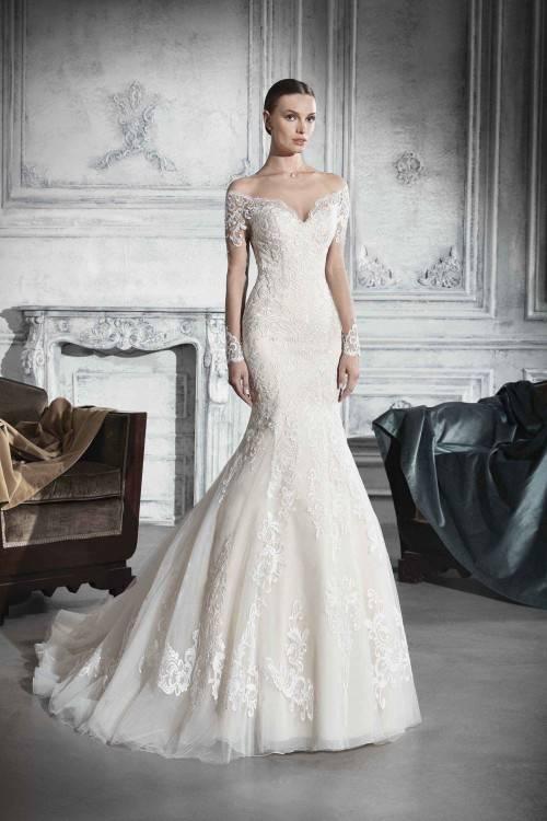 Luxury Rhinestones Crystal Beaded Wedding Dresses 2018 Illusion Neckline Cap Sleeve Bridal Gowns Floor Length Long Bride Dress Vestido Tulle Funky Wedding