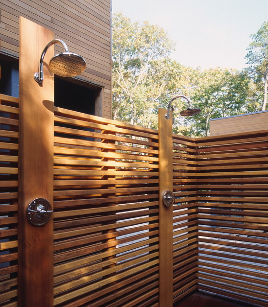 Gum Tree Gully Is a 5 hectare property with beautiful Jarrah and Marri trees