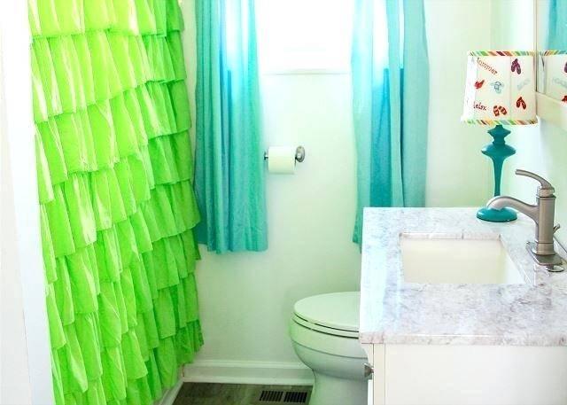 Medium Size of Ideal Bathrooms Singapore Uk 2018 Near Me Nyc Small Bath  Shower Bathroom Ideas