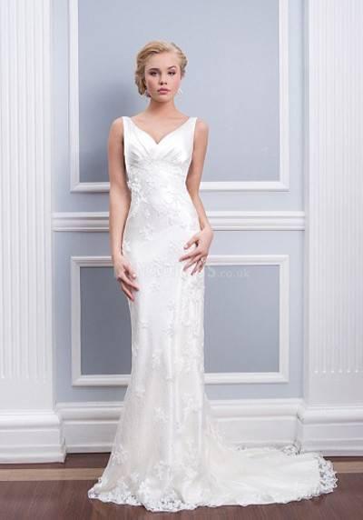 David's Bridal Petite Lace Wedding Dress with Tank Straps 2
