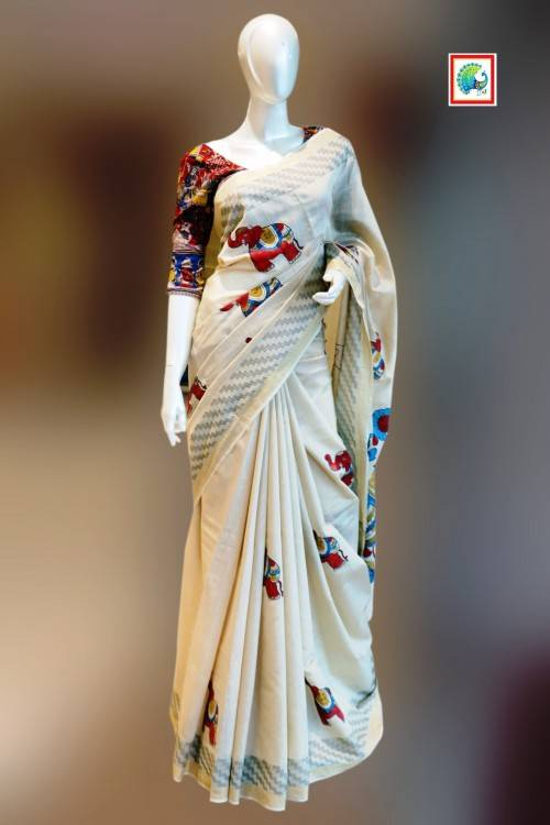 My favourite ethnic wear trend this season is the capes and if you havent already paired a cape with saree it is time to try now and with a kasavu saree