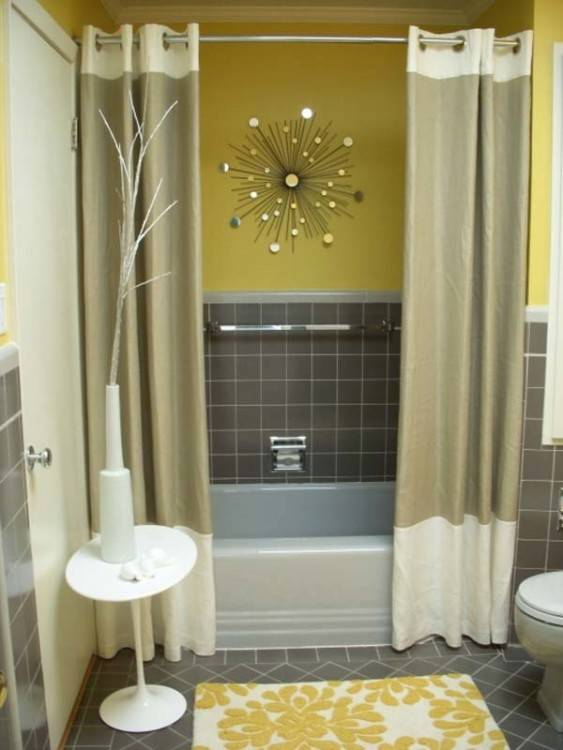 Bathroom with pale colours